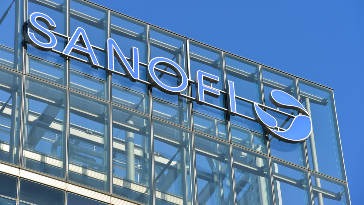 Sanofi Forecasts Strong Flu Vaccine Growth, Accelerates COVID Plans