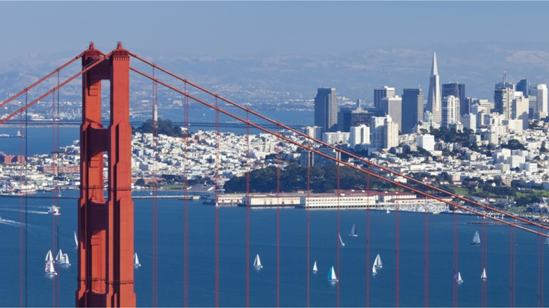 Golden Gate bridge with city in background, San Fransisco, CA