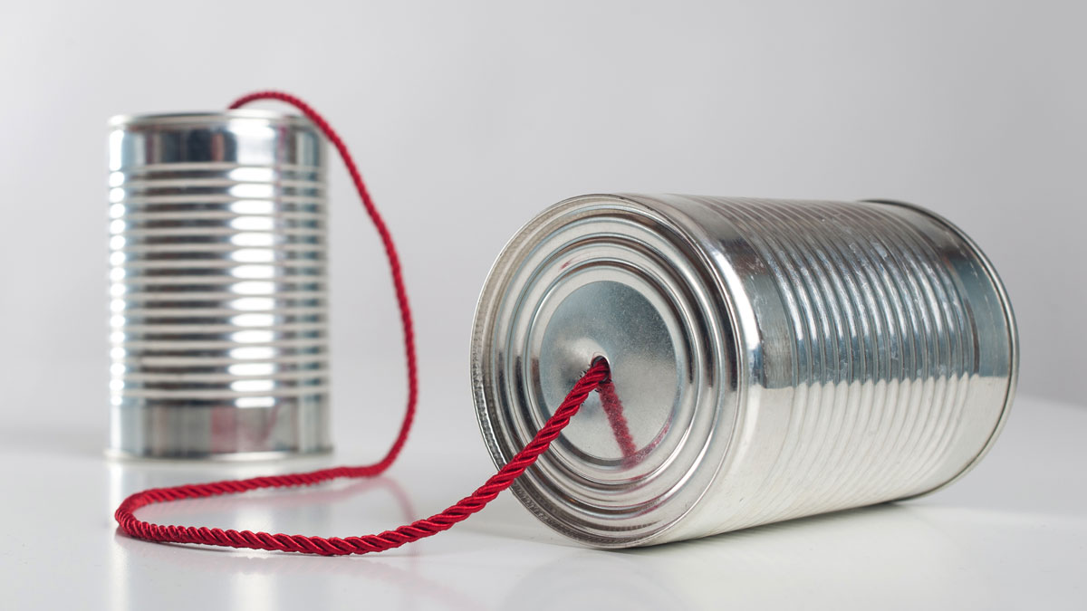 Can telephone with red wire